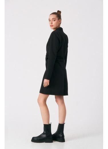 Robin Yanları Büzgülü Ceket Elbise Siyah Siyah